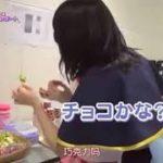 愛美と伊藤彩沙の食レポ対決